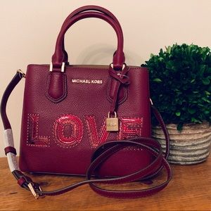 Michael Kors Bags - Michael Kors LOVE Adele MD Messenger